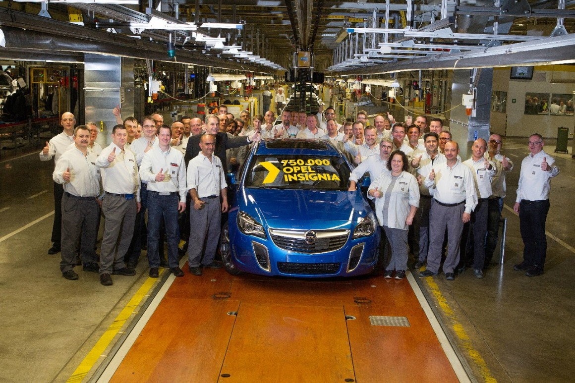 VAUXHALL INSIGNIA REACHES PRODUCTION MILESTONE
