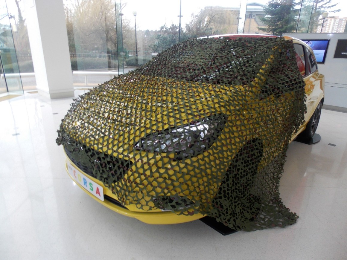 CAMOUFLAGE NET FOR THE CORSA 'D IS FOR DISAPPEAR'