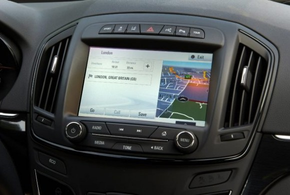 VAUXHALL LAUNCHES ONSTAR IN THE UK